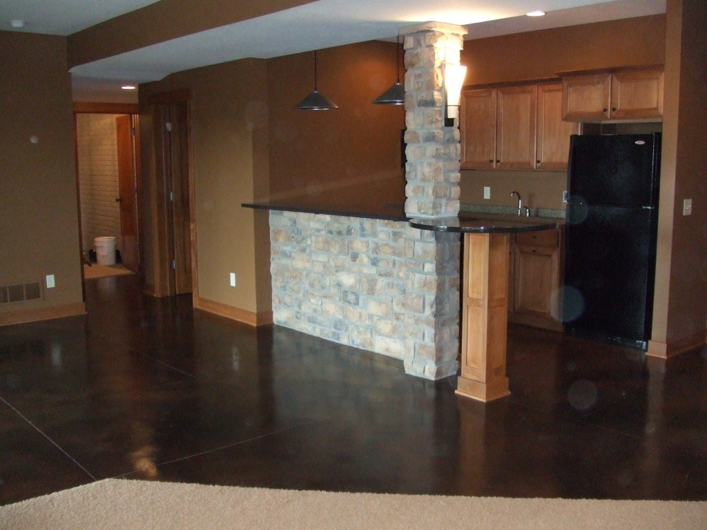 Interior home stained concrete floor.